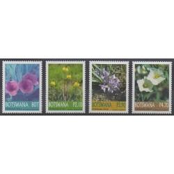 Botswana - 2004 - Nb 933/936 - Flowers