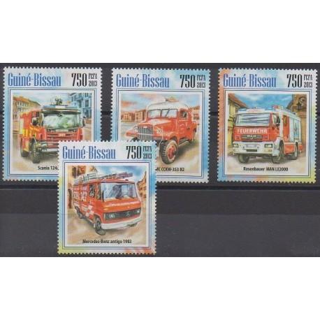 Guinée-Bissau - 2013 - No 5104/5107 - Pompiers