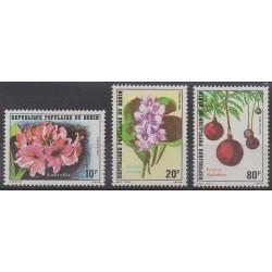 Bénin - 1981 - No 524/526 - Fleurs