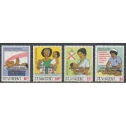 Saint-Vincent - 1987 - No 1007/1010 - Enfance - Santé ou Croix-Rouge