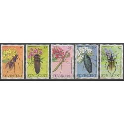 Saint-Vincent - 1979 - No 582/586 - Insectes