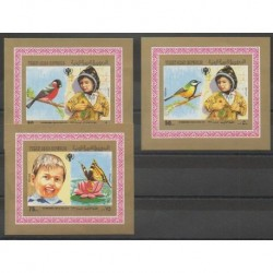 Yemen - Arab Republic - 1980 - Nb BI des 325/327 - Childhood - Birds - Insects