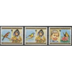 Yémen - République arabe - 1980 - No 325/327 - Enfance - Oiseaux - Insectes