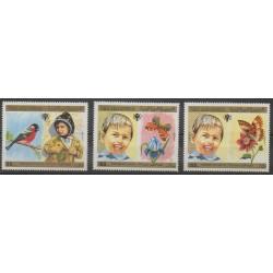 Yémen - République arabe - 1980 - No PA171/PA173 - Enfance - Insectes - Oiseaux