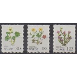 Norvège - 1979 - No 755/757 - Fleurs