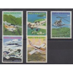 Papua New Guinea - 1981 - Nb 412/416 - Planes - Helicopters