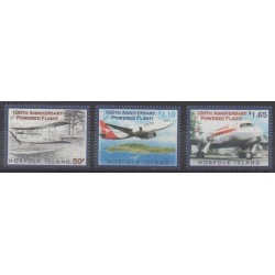 Norfolk - 2004 - Nb 802/804 - Planes