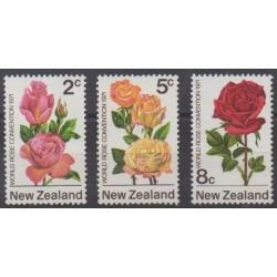 New Zealand - 1971 - Nb 551/553 - Roses