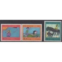 Nouvelle-Zélande - 1987 - No 964/966 - Santé ou Croix-Rouge - Enfance - Dessins d'enfants
