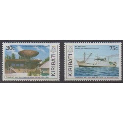 Kiribati - 1989 - No 205/206 - Télécommunications - Transports