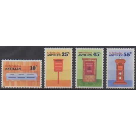 Antilles néerlandaises - 1986 - No 781/784 - Service postal