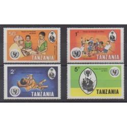 Tanzanie - 1979 - No 125/128 - Enfance