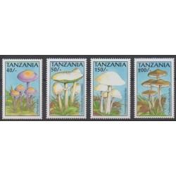 Tanzania - 1993 - Nb 1228/1231 - Mushrooms