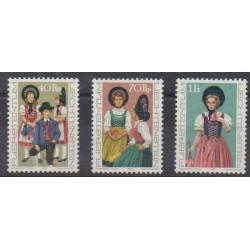 Lienchtentein - 1977 - Nb 625/627 - Costumes - Uniforms - Fashion