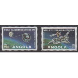 Angola - 1995 - No 957/958 - Télécommunications