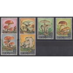 Saint-Marin - 1967 - No 698/703 - Champignons