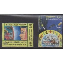 Bangladesh - 1993 - No 417/418 - Santé ou Croix-Rouge