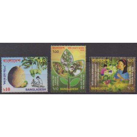 Bangladesh - 2002 - No 713A/713C - Arbres