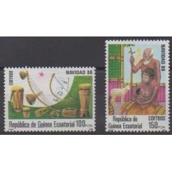Guinée équatoriale - 1986 - No 220/221 - Noël
