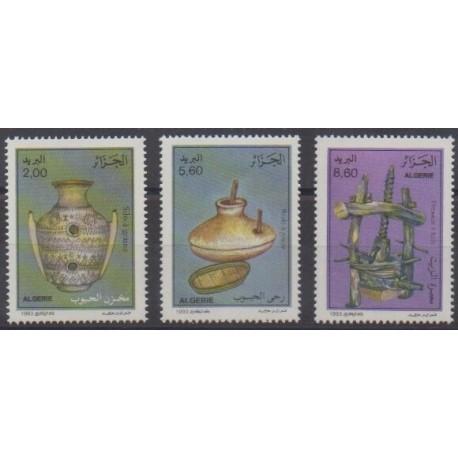Algeria - 1993 - Nb 1044/1046 - Craft