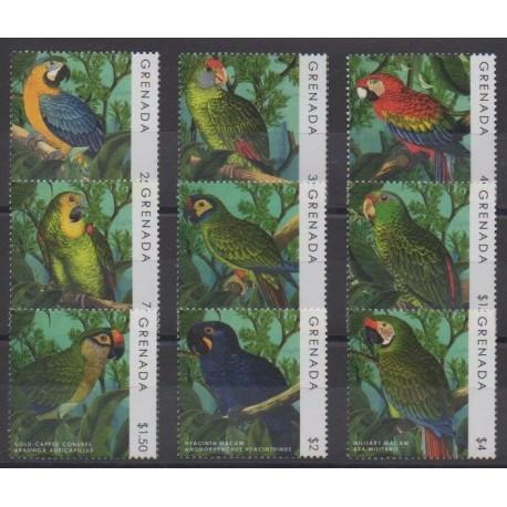 Grenade - 2013 - Nb 5536C/5536L - Birds