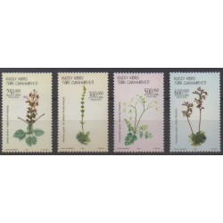 Turkey - Northern Cyprus - 2004 - Nb 556/559 - Flowers