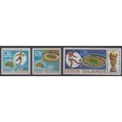 Cook (Islands) - 1974 - Nb 386/388 - Soccer World Cup