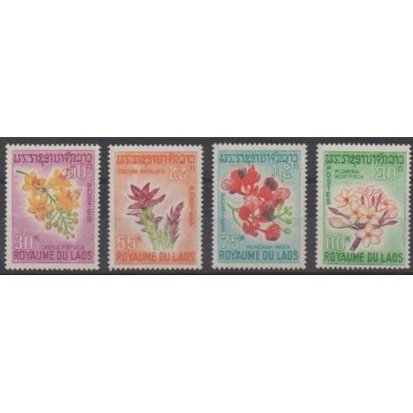 Laos - 1967 - No 160/163 - Fleurs