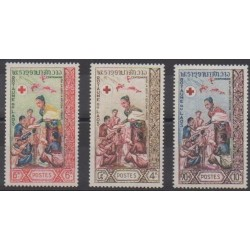 Laos - 1963 - No 90/92 - Santé ou Croix-Rouge