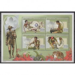 Madagascar - 1999 - Nb 1756/1759 - Chess - Scouts