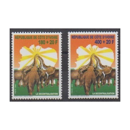 Côte d'Ivoire - 2002 - No 1095/1096