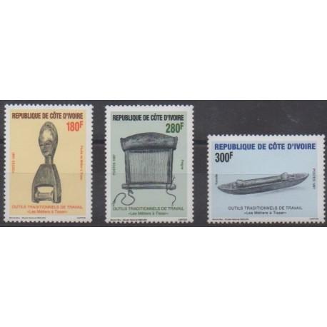 Côte d'Ivoire - 1997 - No 989/991 - Artisanat ou métiers