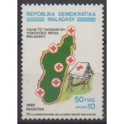Madagascar - 1985 - No 745 - Santé ou Croix-Rouge