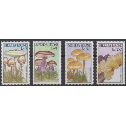 Sierra Leone - 1990 - Nb 1270/1273 - Mushrooms