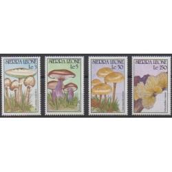 Sierra Leone - 1990 - No 1270/1273 - Champignons