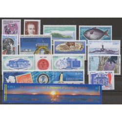 French Southern and Antarctic Territories - Complete year - 2007 - Nb 453/477 - BF 17/BF18