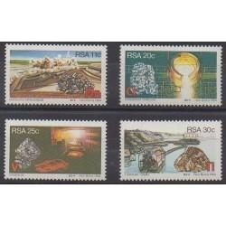 Afrique du Sud - 1984 - No 552/555 - Sciences et Techniques