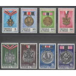 Trinité et Tobago - 1972- No 311/314 - 322/325 - Monnaies, billets ou médailles