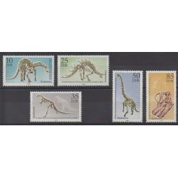 Allemagne orientale (RDA) - 1990 - No 2924/2928 - Animaux préhistoriques