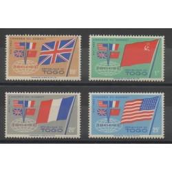 Togo - 1960- No 315/318 - Drapeaux