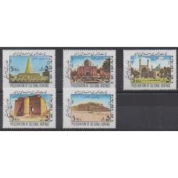 Ir. - 1984 - Nb 1895/1899 - Monuments